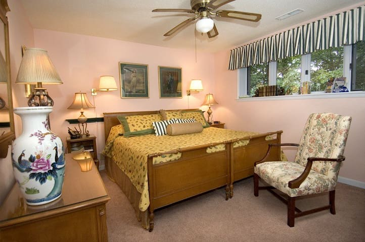 West Oak 2 Bedroom Suite;2 baths - Bryson City - Wikt i opierunek