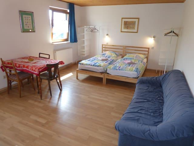 Unterkunft im Stile einer Herberge, Zimmer 1