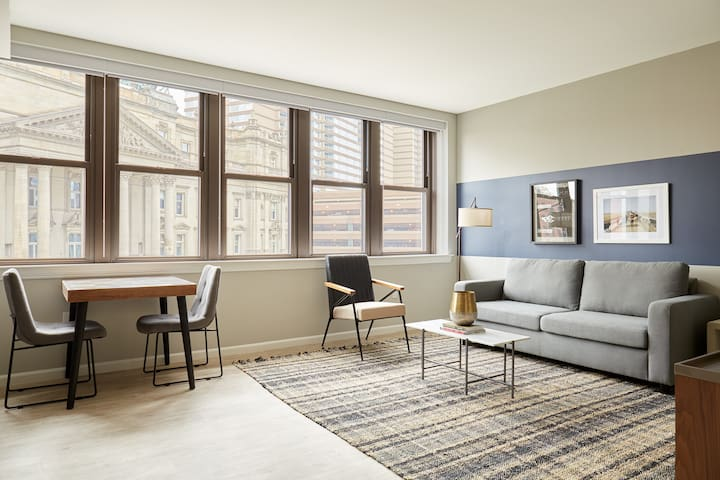 Sonder | The Randolph | Stylish 1BR + Sleeper sofa