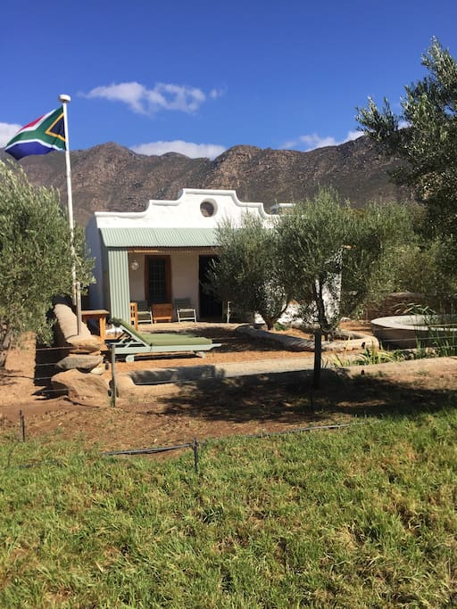 olive cottage on olive stone farm chalets zur miete in montagu westkap s dafrika. Black Bedroom Furniture Sets. Home Design Ideas