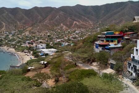 Mini Loft en Taganga, vista a la Bahía y montañas
