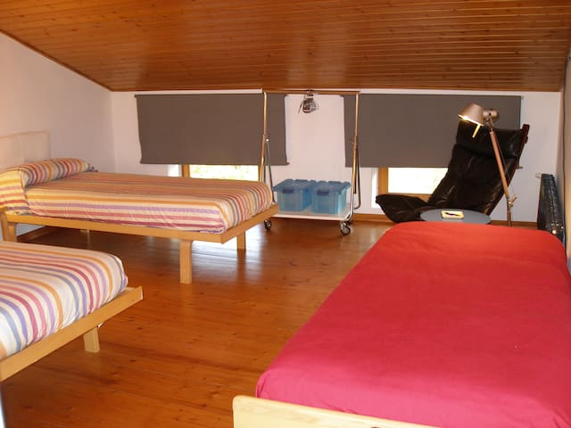 Suitex2/5ps, view and living corner - Arcugnano - Bed & Breakfast