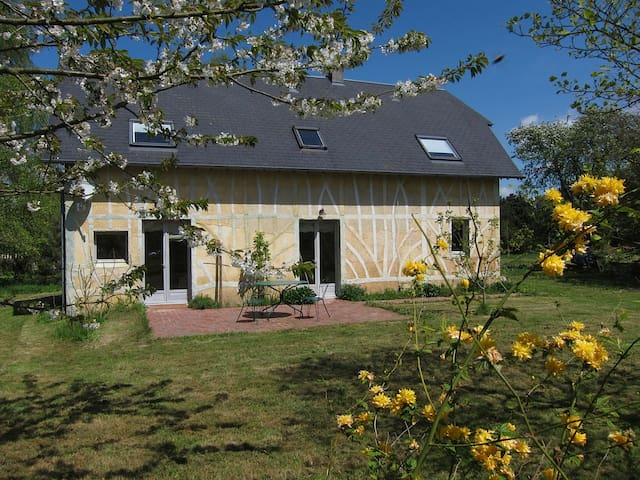 Belle maison normande proche  mer  - Saint-Pierre-Azif