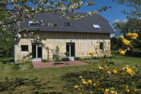 Belle maison normande proche  mer  - Saint-Pierre-Azif - Rumah