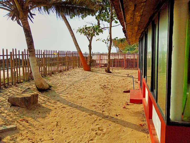 Sambodhi Yoga Retreat - Beach Stay, Yoga, Cafe