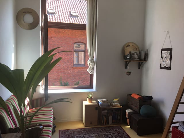 Bright Room in a Student Flat in Lüneburgs Center