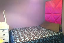 dbl bed with memory foam mattress
