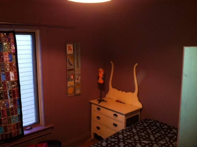 more bedroom photo