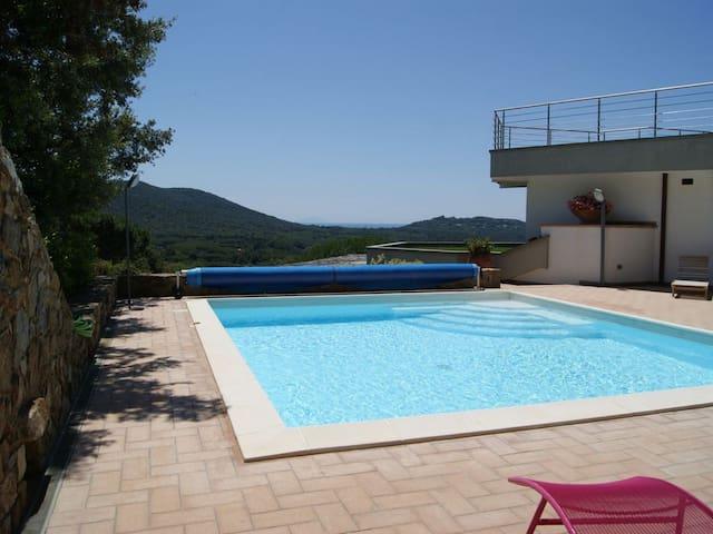 Elegant villa with pool and stunning views - Punta Ala - Villa