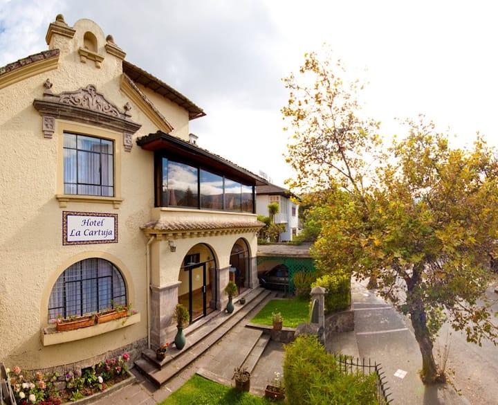 Habitacion con vista al jardin