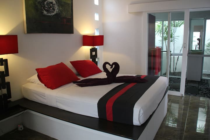 Great 1 Bedroom Villas Seminyak No1 Share Pool