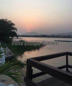 Volta escape chalets - Akosombo