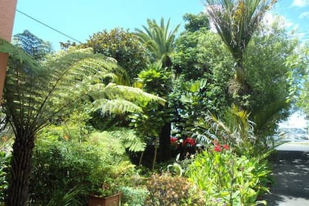 Safe private cottage, 10 min 2 city - Auckland - Bed & Breakfast
