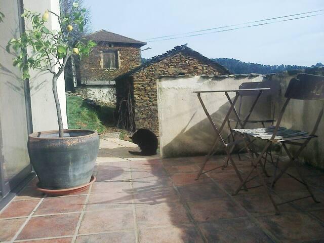 Maison confortable plein sud Ardèche méridionale - Saint-Pierre-Saint-Jean - Hus