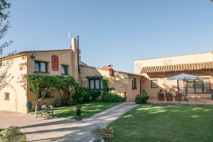 Apartamento rustico - Castelló d'Empúries - Leilighet