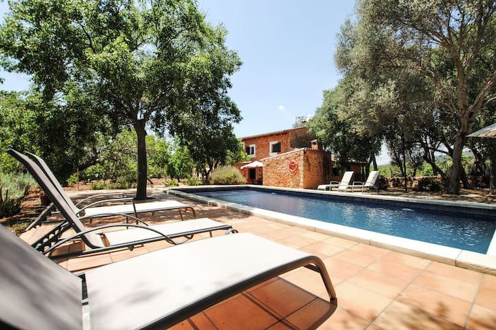 Authentic rustic finca with private pool centrally located