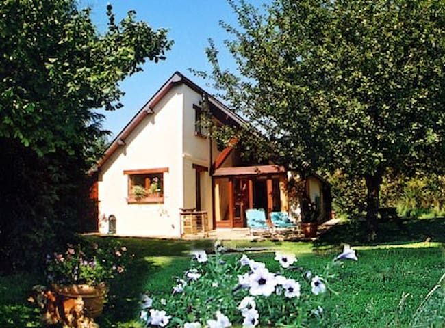 Lovely house for 6 per. sea&nature - Canapville - Dům