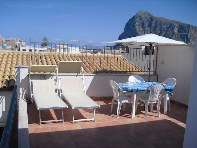 Romantic and panoramic studio - San Vito Lo Capo - Apartamento