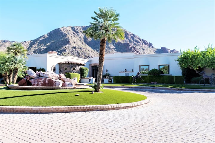 Luxe Retreat in the Heart of Paradise Valley!
