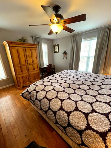 Master King bedroom on the 2nd floor