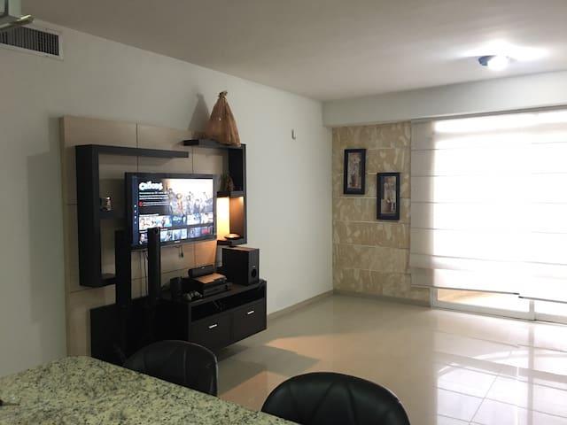 Apartamento en Lecheria - 2h 2b