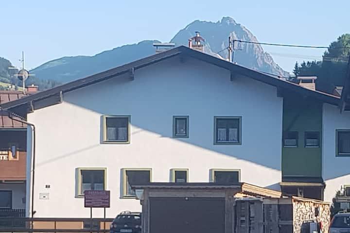 Half House in good location! Kirchberg / tirol