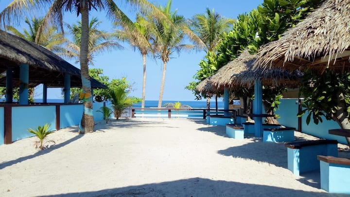 Blue Beach House, Patar Bolinao, Pangasinan
