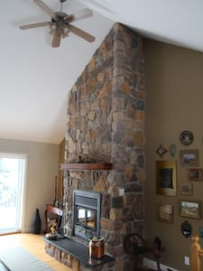 Spacious cottage on Lac Marois - Sainte-Anne-des-Lacs - Chalet