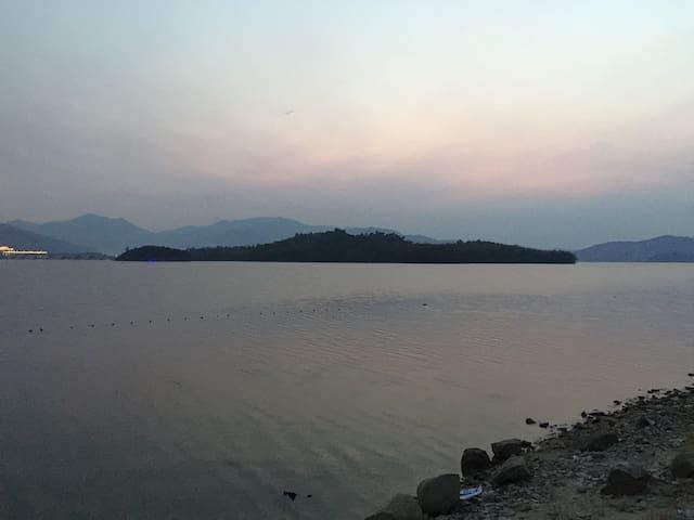 风景优美的四明湖边湖景别墅 - 余姚 - Casa