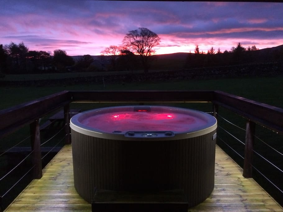 Your own Private Hot Tub to enjoy those stunning fell views