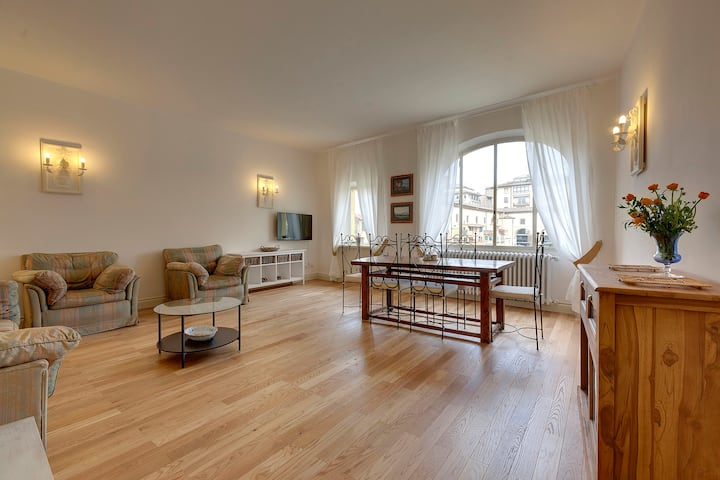 Bardi Apartment