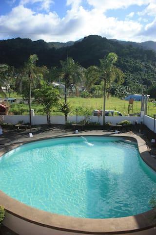 Orlando Spring Resort - Los Baños - Hus