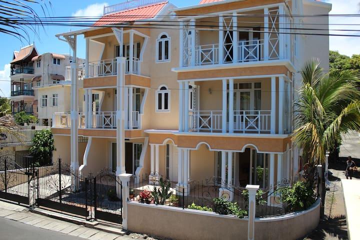 Jolie maison charmante et atypique - Trou d Eau Douce - Rumah