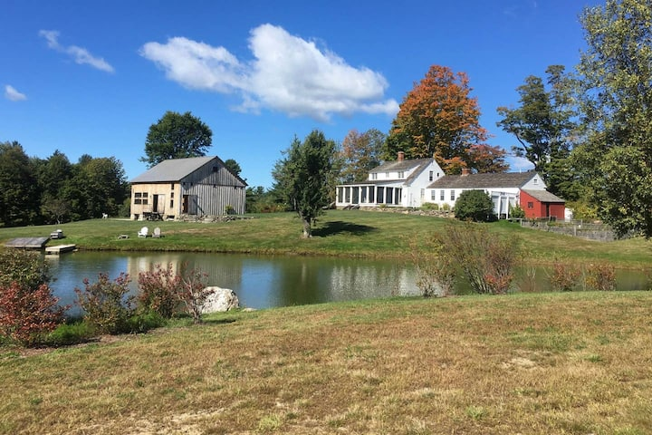 New Hampshire Farm House with Swimming Pond