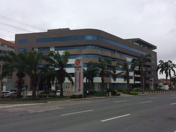 Moderna Suite Edificio Samborondon Plaza