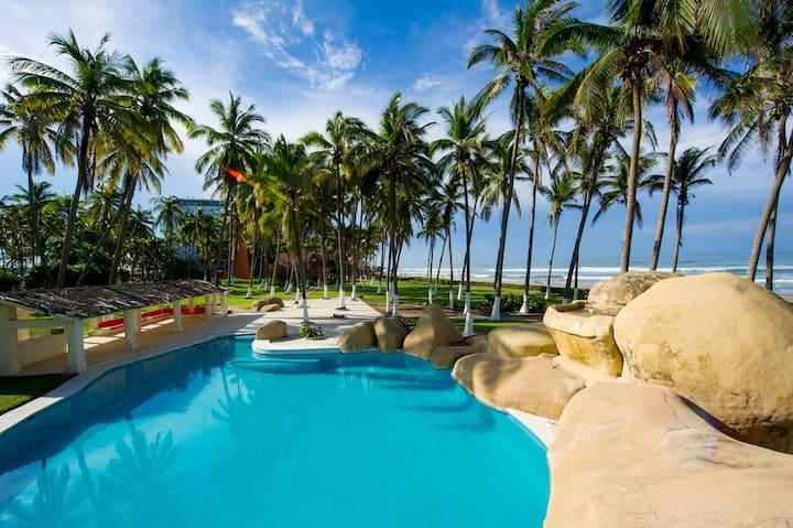Villa Roqueta - Acapulco Diamante - Con Playa