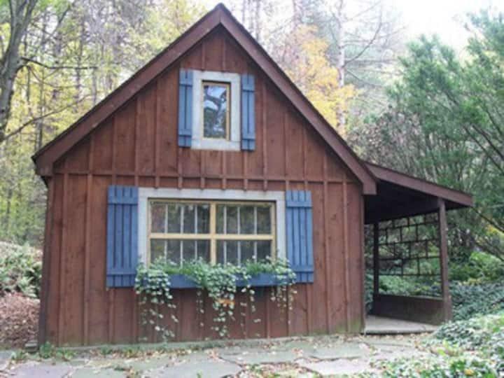 Beaverdam Creek Cabin
