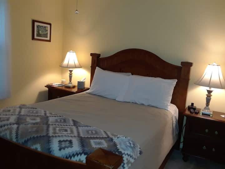 Quiet and comfortable, private bed and bath