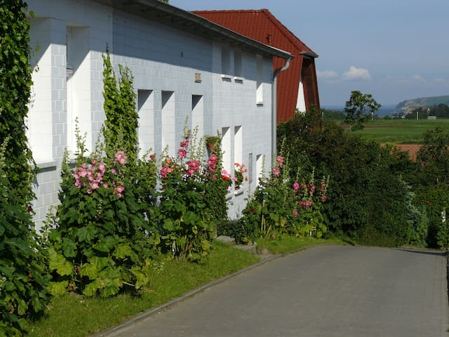 Ferienwohnung unter drei Linden - Thiessow - อพาร์ทเมนท์