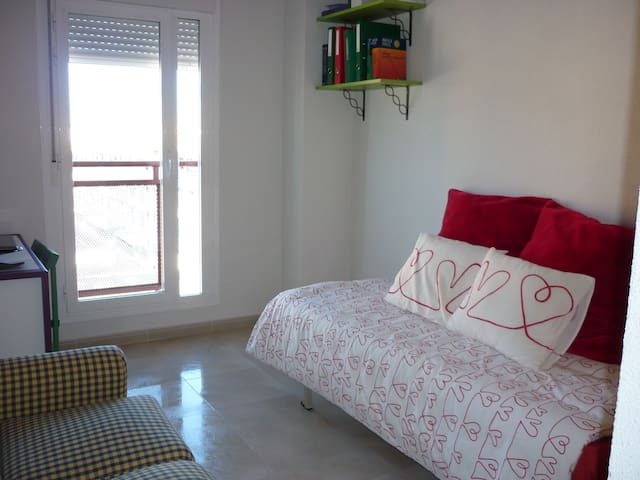 Fantastic Bedroom in Navalcarnero!