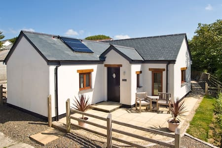 Haven for two in North Cornwall - Woolley - Casa