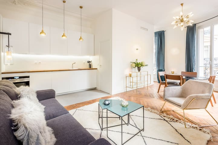 Brand new 2 bedrooms apartment next to Opéra