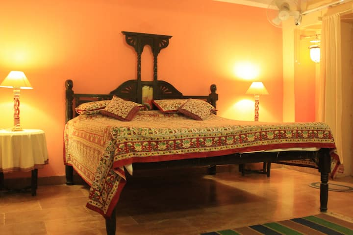 A Gem tucked away in the Jaisalmer Fort!