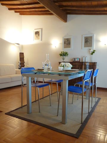Portinari Apartment (4+2 pax)