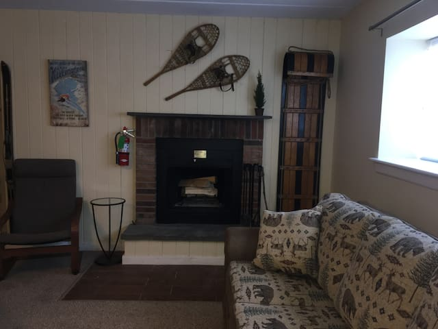 2BR Condo Mtn Grn - Across From Killinton Slopes - Killington - Apto. en complejo residencial