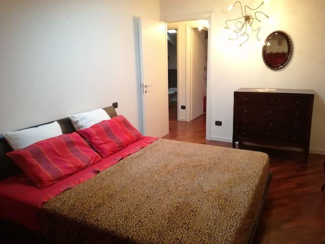 Camera da letto matrimoniale - Bedroom