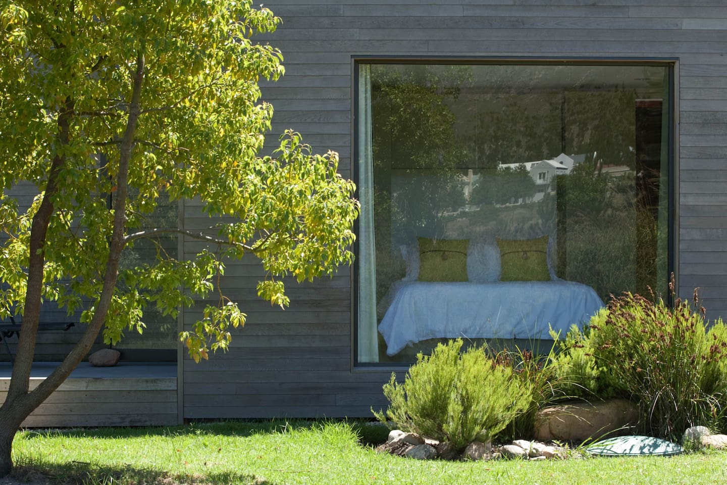 Contemporary Cottage in Full Nature - Huizen te Huur in Franschhoek