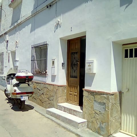 Comfortable double room in Berja, Almeria.