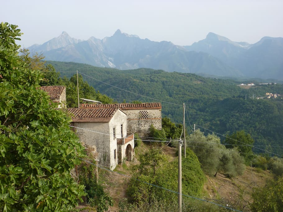 Views from the terrace to the Alpi Apuane