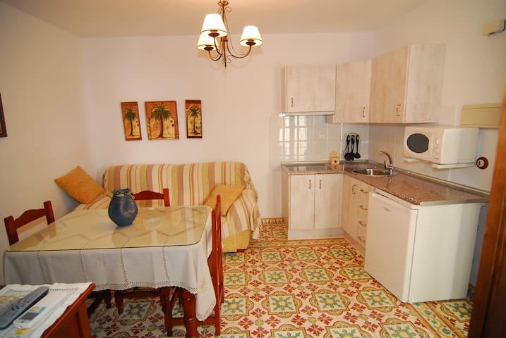 Apartamentos San Juan 16, Bajo B - Archidona - Pis